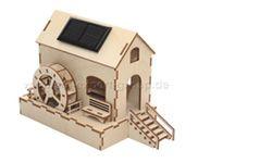 Houten bouwmodellen op zonne-energie